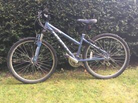 Girls Ridgeway bike, only £40