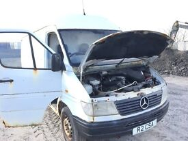 Mercedes benz 312d Lwb 1997 year parts available ecu set computer spring gearbox light radiator