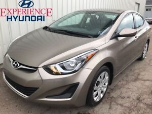 2014 Hyundai Elantra GL AWESOME WITH LOW KMs  FACTORY WARRANTY A