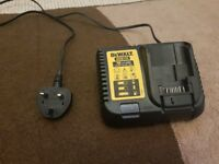 DEWALT DCB115 10.8V 14.4V 18V XR LI-ION FAST BATTERY CHARGER