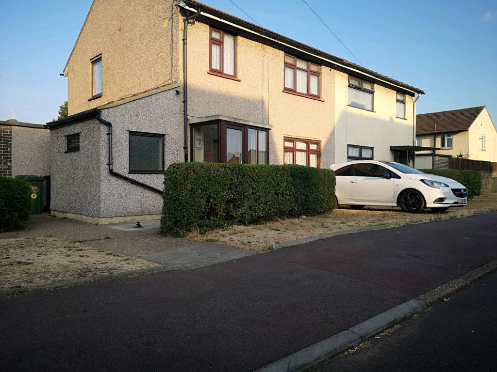 Peachy 3 Bedroom House Dagenham Private Landlord 10Mins To Dagenham East Station Strictly No Dss In Dagenham London Gumtree Home Interior And Landscaping Synyenasavecom