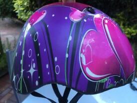 Child's safety helmet