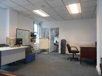 ** COMMERCIAL UNIT TO LET ** PERFECT FOR OFFICES ** CLOSE TO CITY CENTRE ** NEAR SHOPS AND CAFE'S**