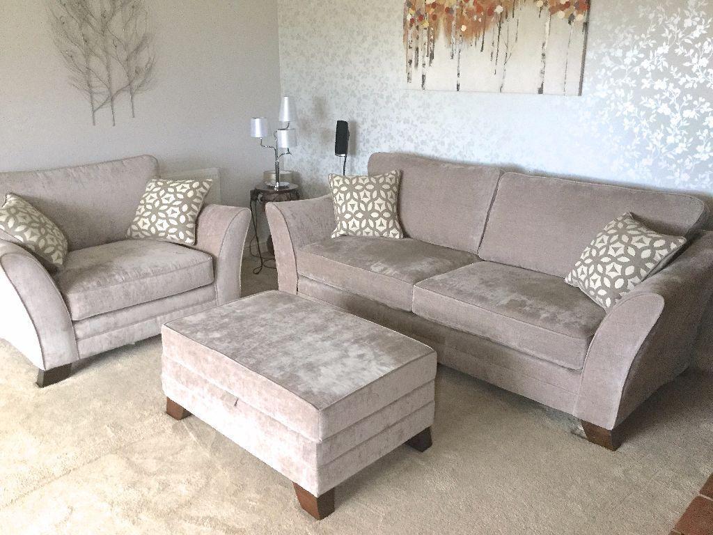 New Ashley Manor 3 Piece Suite 4 Seat Sofa Snuggle