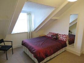 Large Double Attic Room in Immaculate 4-Bed Houseshare Inc Most Bills