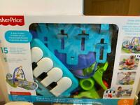 Kick and Play Piano Gym, Fisher Price, activity centre