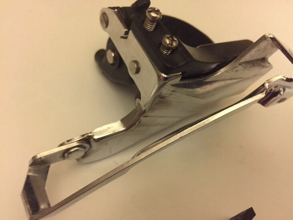 Shimano Deore 9 x3 front mech in as new condition