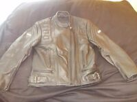 Womens leather motorcycle jacket. Size16-18