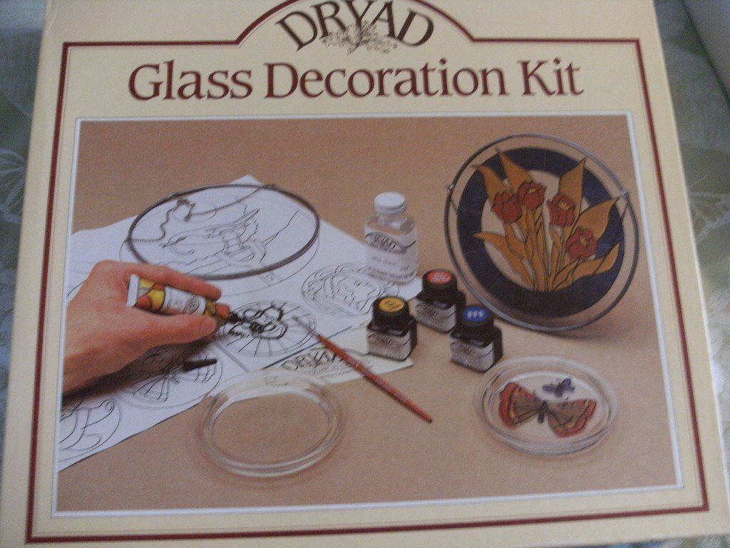 DRYAD GLASS DECORATION KIT (Brand New & Boxed)