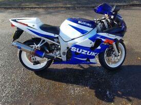 2001 GSXR 600 K1