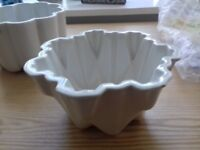 White ceramic Maling jelly mould