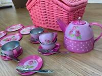 Early Learning Centre Tin Tea Set