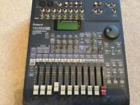 Roland VM3100 Pro. Digital Mixer