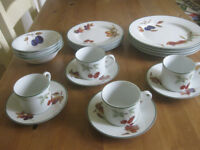 Royal Worcester Evesham Vale 20 piece dinner service - new in box