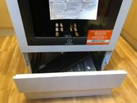 Indisit white gas cooker