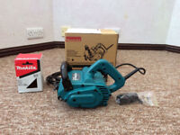 Makita 9741 Wheel Sander - 7.8 Amp, 3500 RPM with two brushes - mint condition