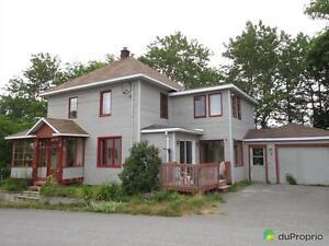 135 000$ - Maison 2 étages à vendre à Baie-des-Sables