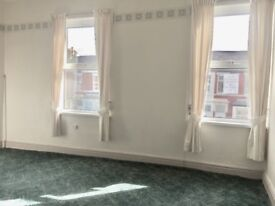 Well Maintained 2/3 Bedroom Family House just of Waterloo Road South Shore Blackpool Call Ian