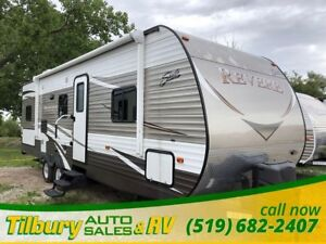 2016 Forest River SHASTA REVERE 27BH BUNK HOUSE! GREAT USED SHAP