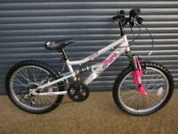 GIRLS APOLLO PURE BIKE IN EXCELLENT ALMOST NEW CONDITION.. (SUIT APPROX. AGE. 6 / 7+)..