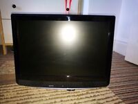 """19"""" Technika TV with Wall Mount & built-in DVD player"""