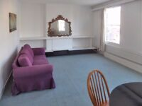 Large 2 bed/2 bath flat near Chiswick High Street for £380pw available now!