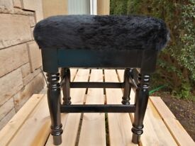 GORGEOUS BLACK LACQUERED FURRY TOPPED DRESSING TABLE STOOL
