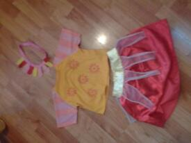 Upsa Daisy costume