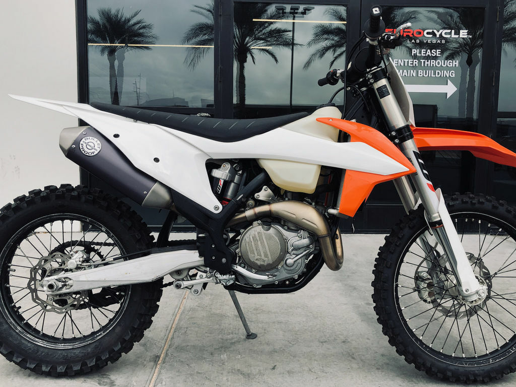 Picture of A 2019 KTM 450 XC-F