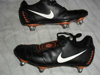 NIKE TOTAL 90 FOOTBALL BOOTS - SIZE 5 EXCELLENT SCREW OUT STUDS