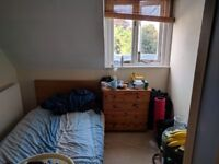 Small room in a student house in Clifton