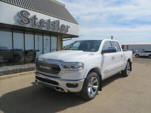 2019 RAM 1500 LIMITED! SUNROOF! HITCH! 124 LITRE TANK! 0%!
