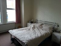 Room to let in flat share in riffel road willesden green