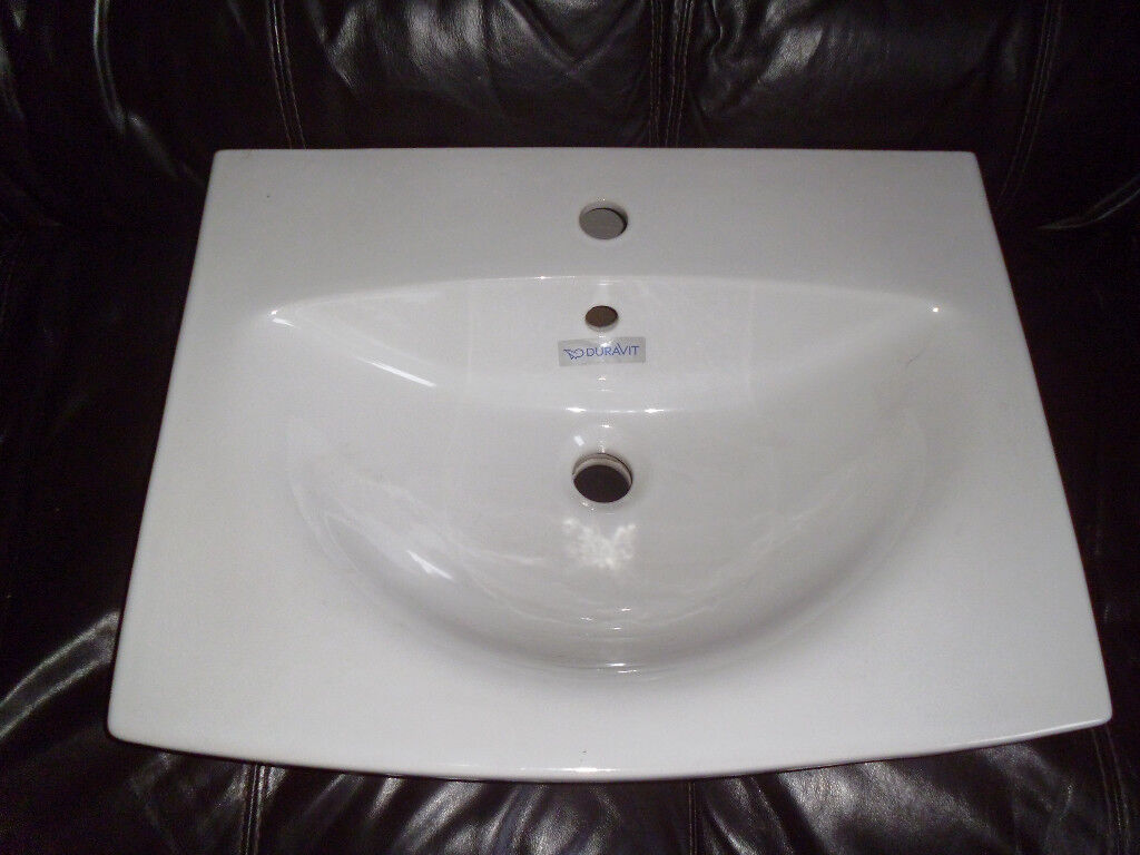 DURAVIT WASHBASIN,NEVER BEEN FITTED