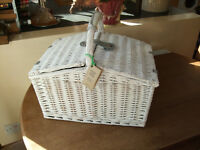 John Lewis 4 Person Picnic Basket - Never used