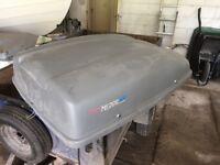 Automobile roof box, Mirage 400.