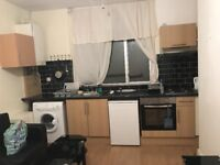 LOVELY FIRST FLOOR STUDIO FLAT LOCATED ON HIGH STREET LEYTONSTONE ALL BILLS INCLUDED AVAILABLE NOW