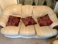 2 Seater, 3 Seater & 2x Arm Chairs