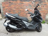 Kymco xciting 400i 2015 excelent conditon ,1000 miles only