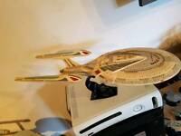 Star Trek ENTERPRISE-E model starship