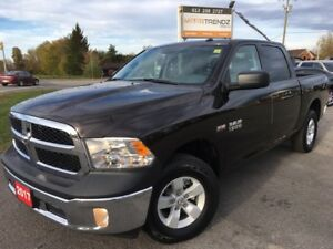 2017 RAM 1500 ST Basically new ! Crew Cab with Bluetooth, Fog...