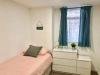 Low cost single room in Bilston, no deposit, move in today.