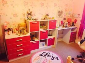 Bedroom set hot pink