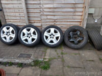 4x Vauxhall Zafira Wheels with good tyres