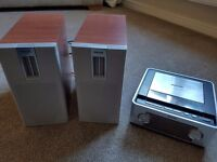 Philips micro music system and speakers CD USB and Tuner
