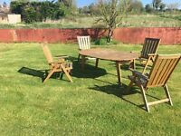 Garden table and 4 reclining chairs