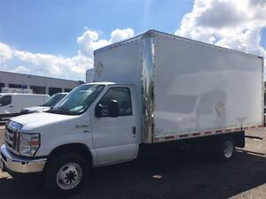 2015 Ford E-350 w/Air Conditioning & Walk up ramp
