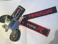 I have lost my TYPE R car keys. Please contact me if you have find them