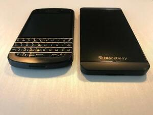 BlackBerry Z10 16GB or BlackBerry Q10 16GB - UNLOCKED W/FREEDOM - Guaranteed Activation + No Blacklist