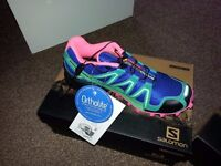 Salomon trainer shoes
